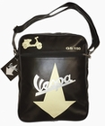VESPA SCHULTERTASCHE PFEIL - SCHWARZ